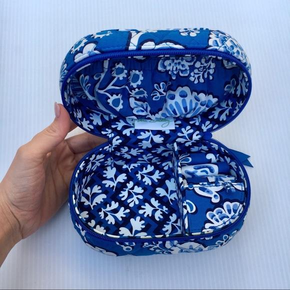 74 off Vera Bradley Handbags Vera Bradley Jewelry Travel